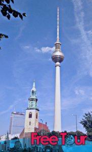 lo que hay que ver en berlin mitte una visita auto guiada 182x300 - Lo que hay que ver en Berlin Mitte | Una visita auto-guiada