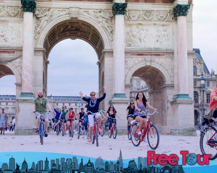 mejores excursiones en bicicleta por paris 690x550 - Mejores excursiones en bicicleta por París