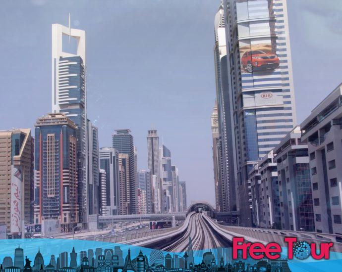 su guia para usar el metro de dubai 690x550 - Su guía para usar el Metro de Dubai