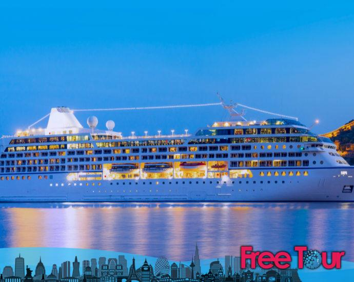 top oman dubai cruises 690x550 - Top Oman Dubai Cruises