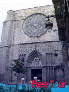 visita gotica autoguiada por barcelona 8 225x300 - Visita Gótica Autoguiada por Barcelona